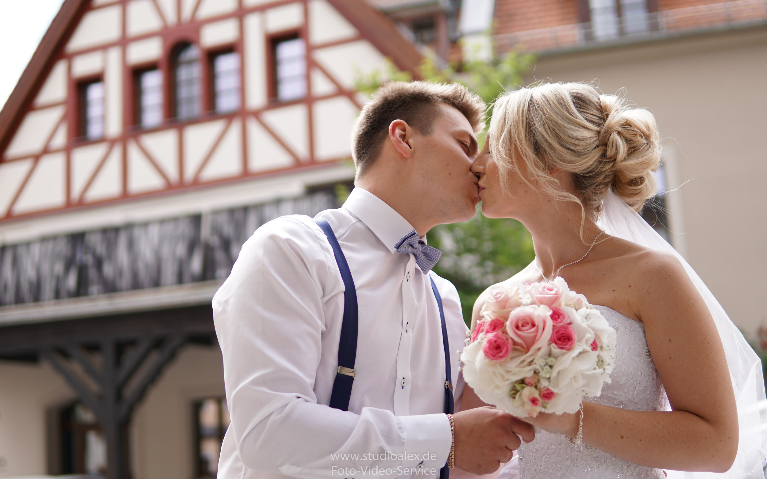 Hochzeitsfotograf-Amberg-Hochzeitsfotografie-Amberg-Hochzeit-Amberg-ACC-Fotograf-Amberg-01215.jpg