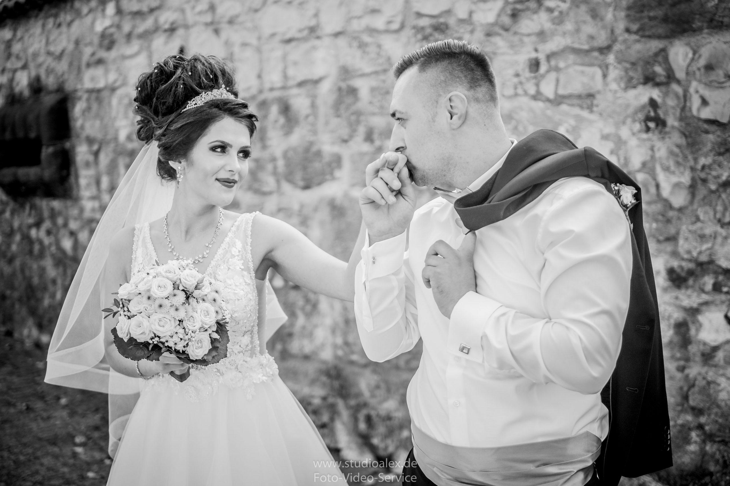 Hochzeitsfotograf-Amberg-Hochzeitsfotografie-Amberg-Hochzeitsfotos-Amberg-Hochzeitsbilder-Amberg-Fotograf-Hochzeit-Amberg-06314-scaled.jpg