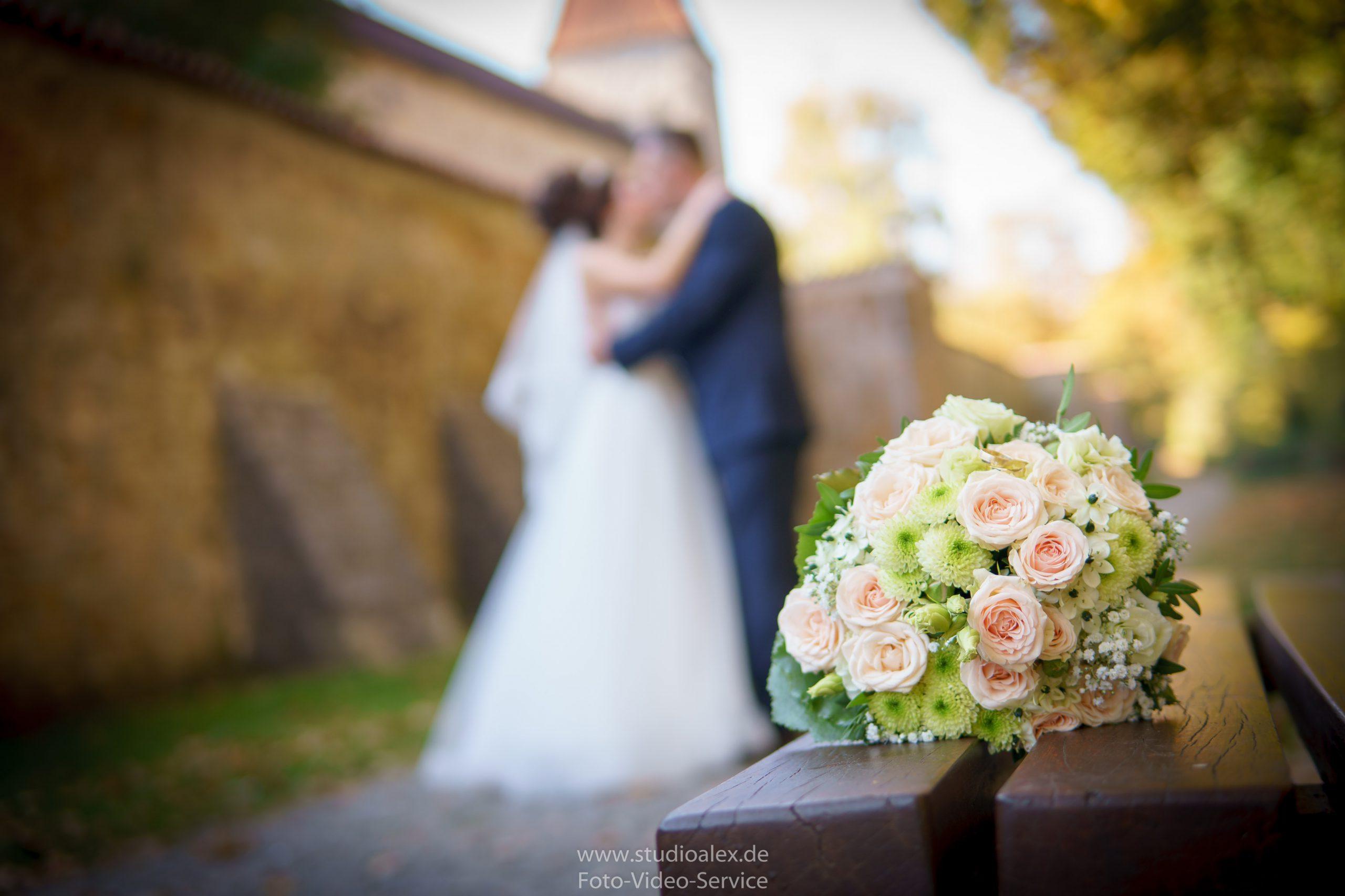Hochzeitsfotograf-Amberg-Hochzeitsfotografie-Amberg-Hochzeitsfotos-Amberg-Hochzeitsbilder-Amberg-Fotograf-Hochzeit-Amberg-06469-scaled.jpg